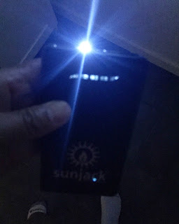 sunjack 8000mAh battery also a flashlight