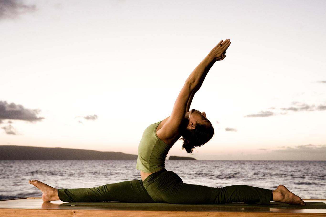Free Wallpaper Dekstop: Yoga Girls Wallpaper  Free Wallpaper ...