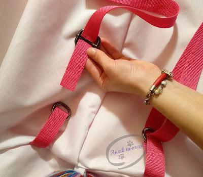 Szycie plecak DIY - ramiona w plecaku