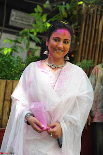 TV Show Celebs and Bollywood Celebrities at Zoom Holi Celetion 2017 (44).JPG