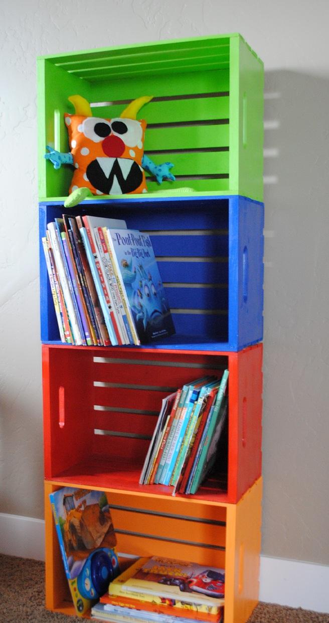 Do It Yourself Bookshelf Ideas: DIY Bookshelf Made From Crates