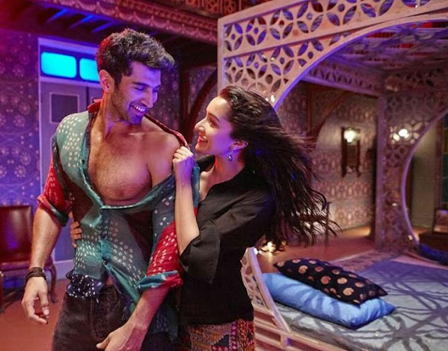 "New Still of Shraddha and Aditya from ""Humma"" Song"