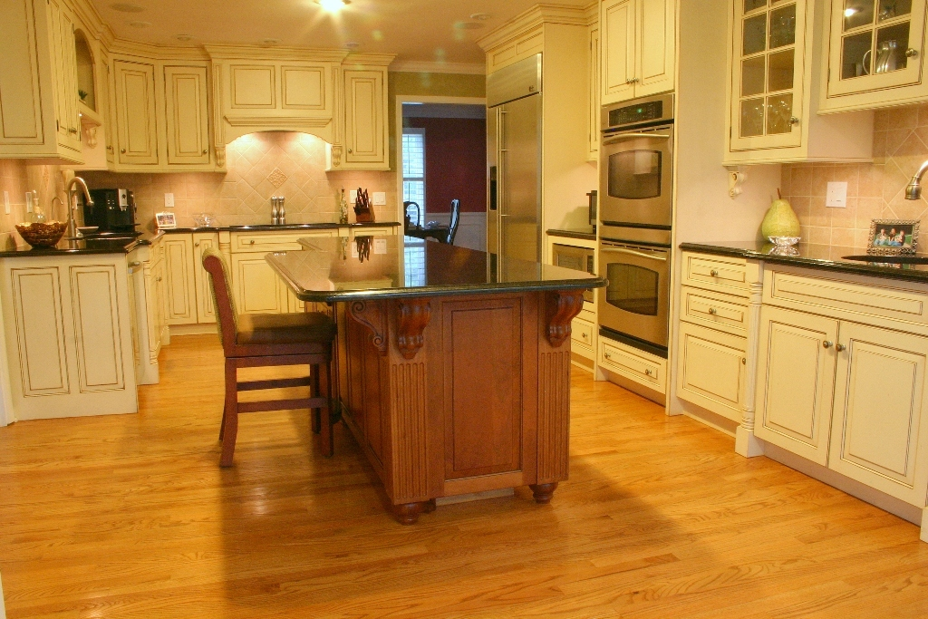 the laurence family kitchen cabinets. Black Bedroom Furniture Sets. Home Design Ideas