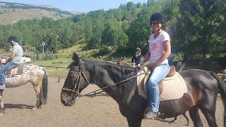 alice a cavallo