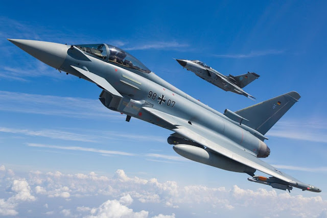German Tornado successor Eurofighter presents offer