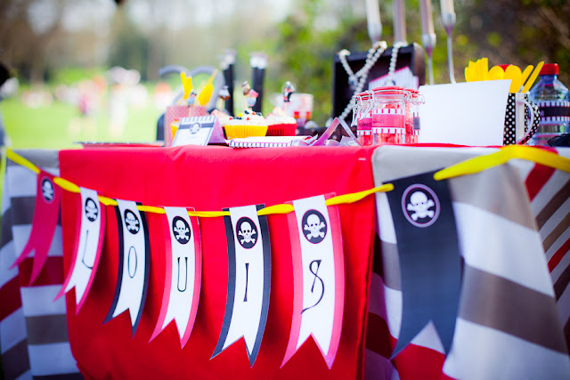 table d'anniversaire decoration pirate