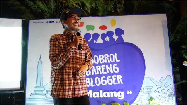 Henasatya dalam Ngobrol Bareng Blogger Malang