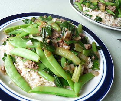 Snap Peas with Beef and Onions