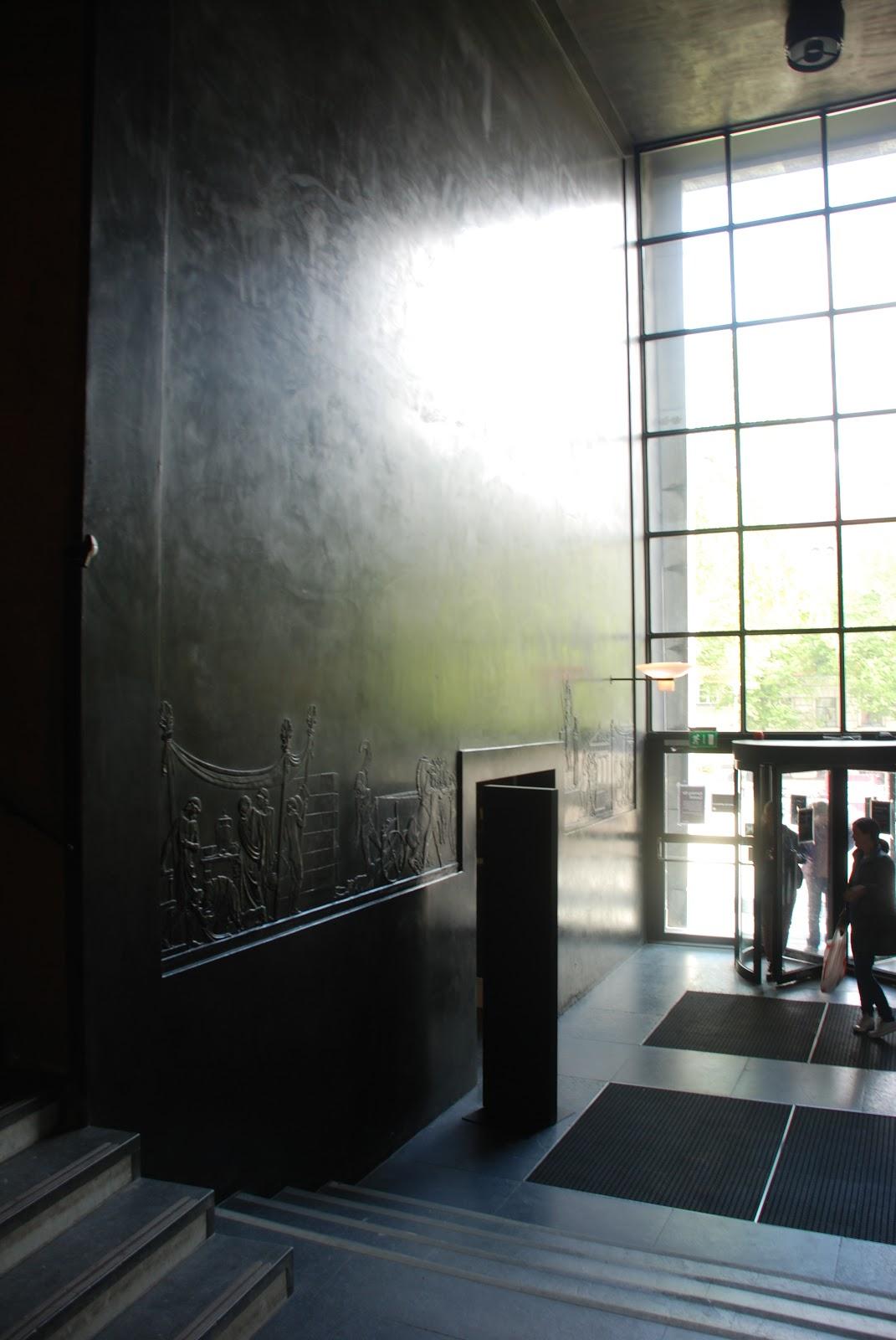 exit hall, Stockholm Public Library - Gunnar Asplund