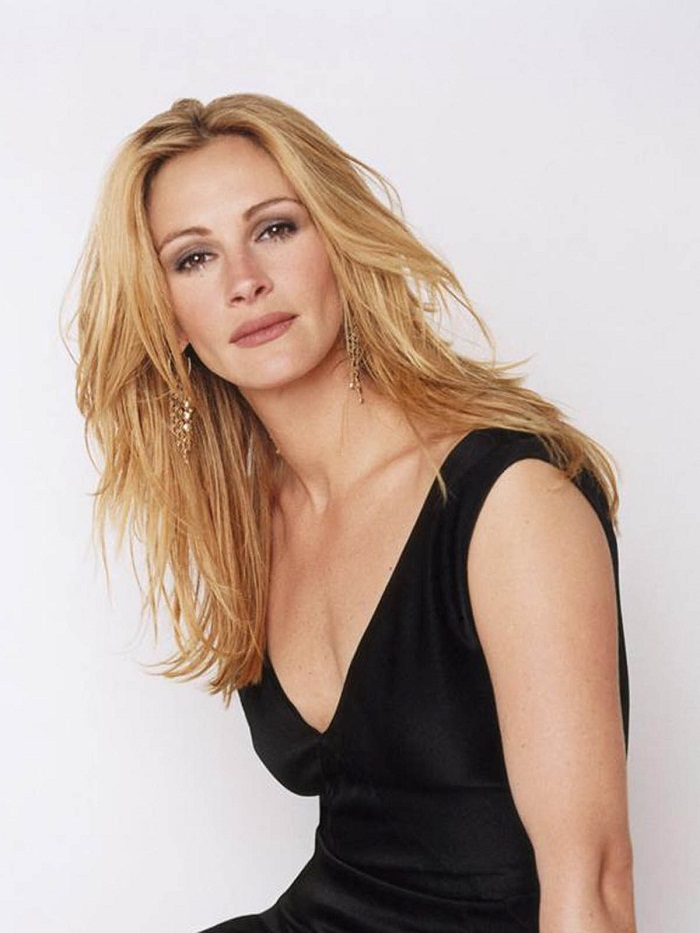 Julia Roberts So Devastated By Half Sister Nancy Motes S: MOBILE PRICE IN PAKISTAN AND EDUCATION UPDATE NEWS: Julia