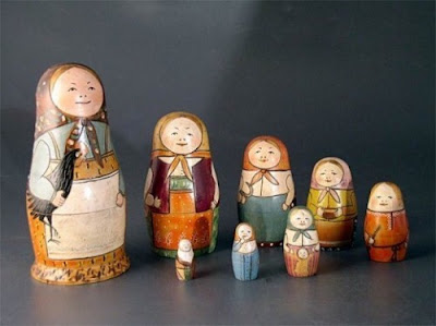 The first set of Matryoshka dolls ever created depicting a family