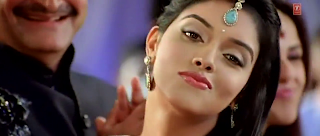 Screen Shot From Song Meri Ada Bhi Of Movie Ready 2011 FT. Salman Khan, Asin Download Video Song Free at worldofree.co