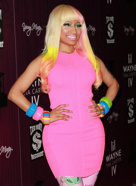 Girls In Vogue Trendy Hairstyles Hot Fashion Top Nicki