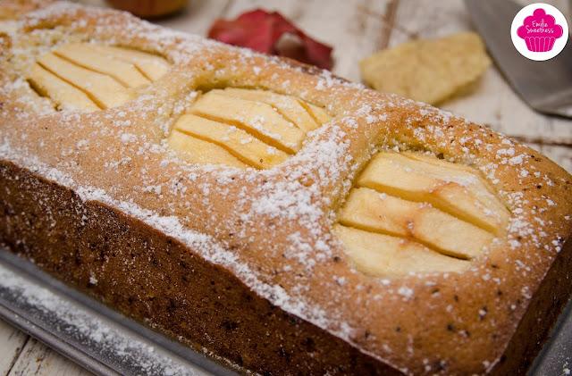 Gâteau aux pommes fossiles: gâteau cuit gros plan