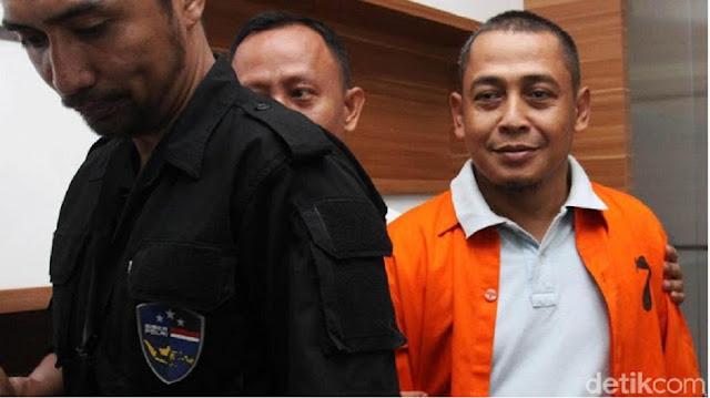 Wakil Ketua Umum Gerindra Fadli Zon mengaku tak mengenal nama Bagus Bawana Putra, tersangka hoax surat suara tercoblos. Bagus Bawana disebut-sebut sebagai Ketua Dewan Koalisi Relawan Nasional (Kornas) Prabowo Subianto.
