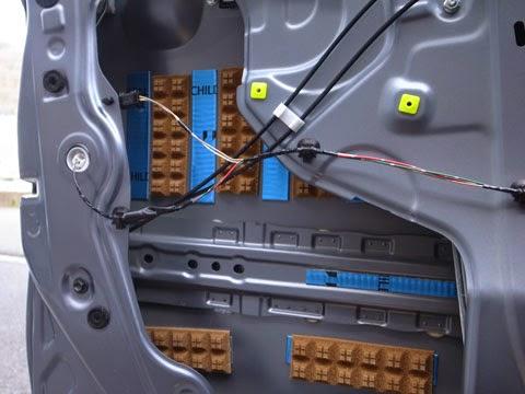la100sムーヴカスタム フロントドアのデッドニング レアルシルトディフュージョン拡散シートはレアルシルト制振材と交互に貼ってみました。