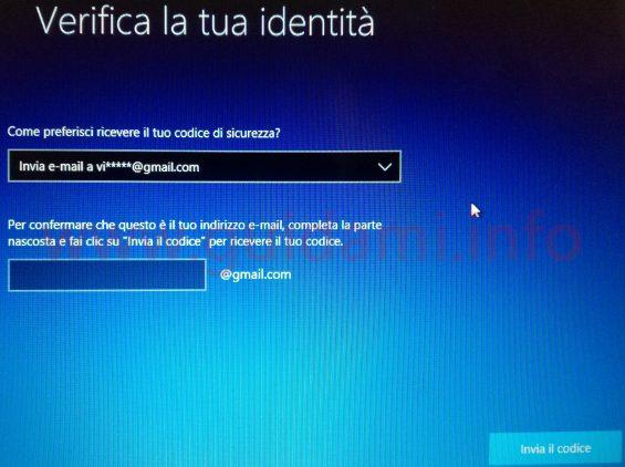 Windows 10 Reimpostazione password schermata Verifica la tua identità richiedi codice