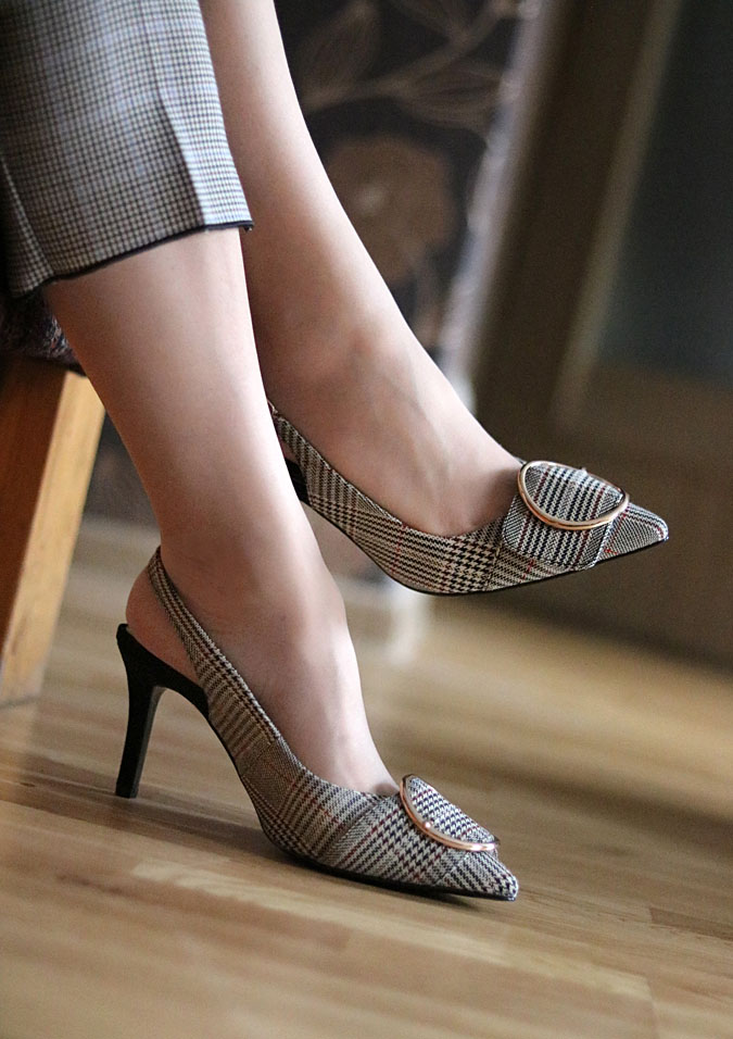 buty w stylu retro
