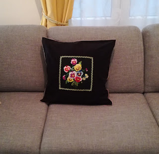 pansy cushion cover DIY Craftrebella