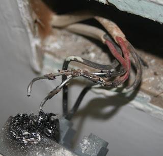 electrical emergency in Windsor, Ontario 226 783 4016