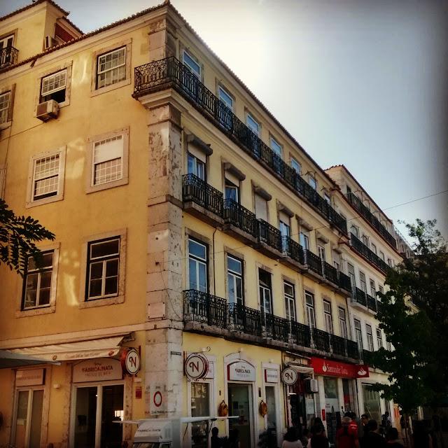 Casarão onde fica o GoodMorning Hostel - Lisboa - Portugal