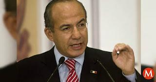 Felipe Calderón dona su pensión de ex presidente