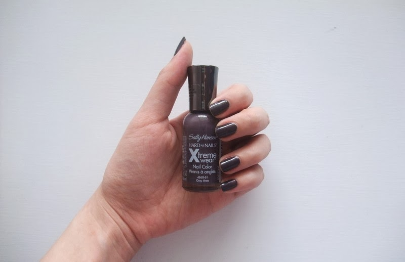 Sally Hansen Xtreme Wear Nail Color 330 Grey Area | MyStyleBite