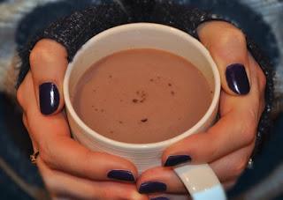 الشوكولاتة الساخنة الشكلاتة الساخنة Hote Chocolate بالكااكو  الشكلاتة الساخنة Hote Chocolate بالسكر البني  الشكلاتة الساخنة Hote Chocolate بالبندق  الشكلاتة الساخنة Hote Chocolate بالمارشميلو  الشكلاتة الساخنة Hote Chocolate بالقشطة  الشكلاتة الساخنة Hote Chocolate بالموز