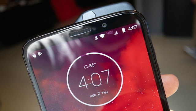 Moto Z3 hands on review: The First 5G Phone You Can Buy