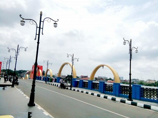 Jembatan Berendeng