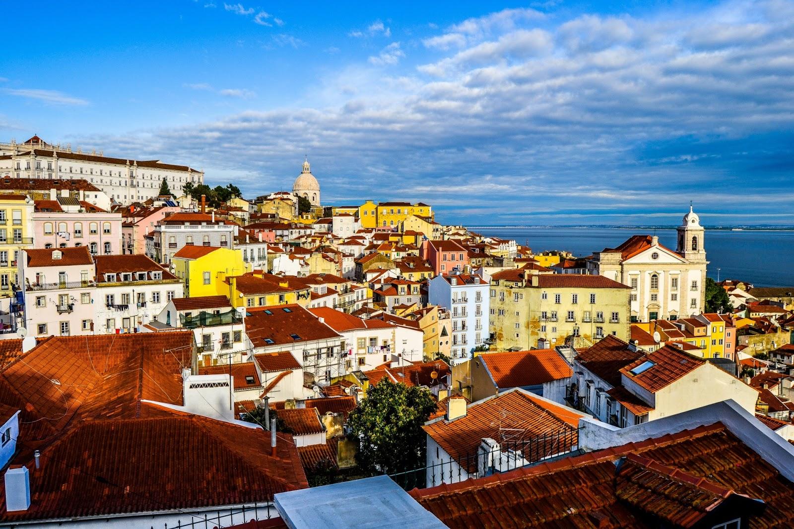 Fond d 39 cran barcelone ville fonds d 39 cran hd for Fond ecran portugal