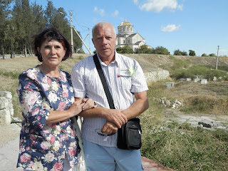 Около Владимирского Собора в Крыму