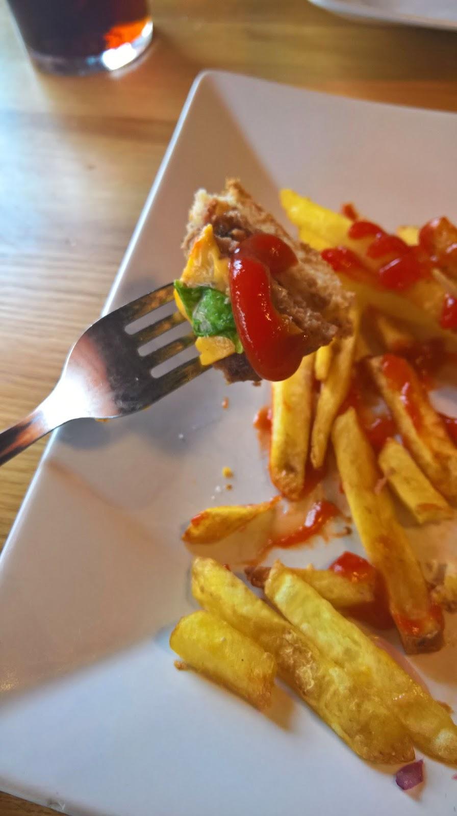hampurilaistesti jyväskylän paras hampurilainen passion food bar mallaspulla