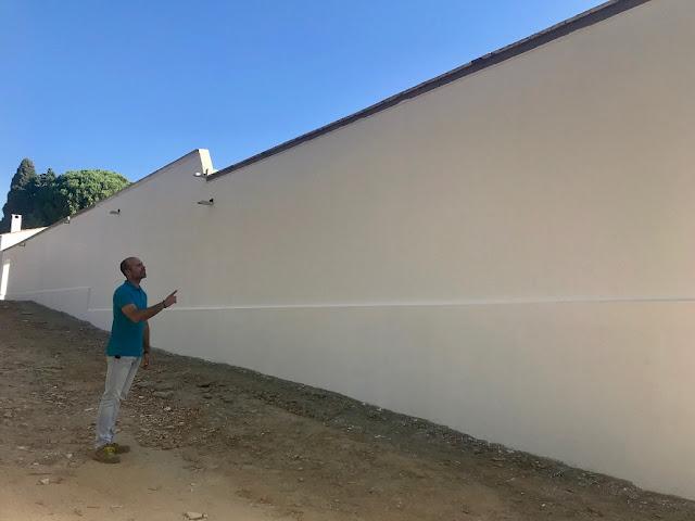 http://www.esvalverde.com/2018/09/arreglo-pared-del-cementerio.html