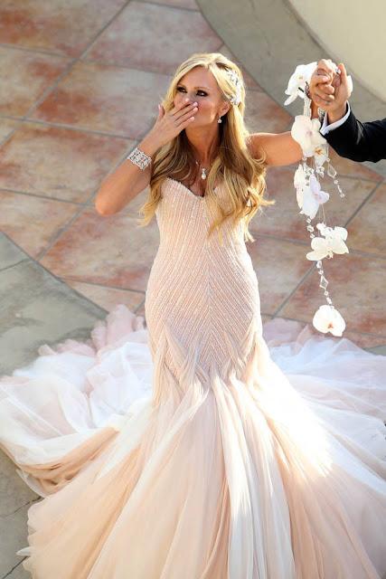 Pulsera como opción alternativa al ramo de novia - Foto: www.proselia-garden.com