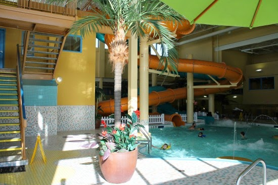 Birthday Parties at Waves Waterpark (Best Western Port O' Call) in Calgary - awesome swimming parties in YYC!