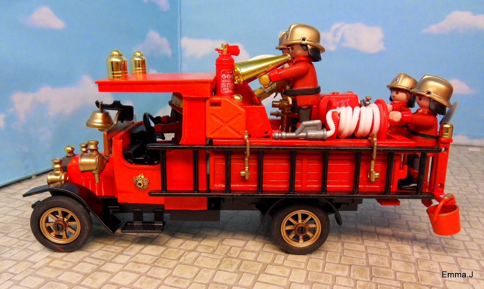 Victorian Style Mansions Vintage Fire Engine For Sale Emma J S Playmobil