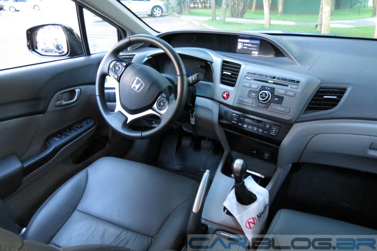 Honda Civic LXS 2012 Manual - interior