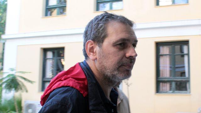 Συνελήφθη ο Στέφανος Χίος  και δείτε  τι γράφουν οι νεοέλληνες