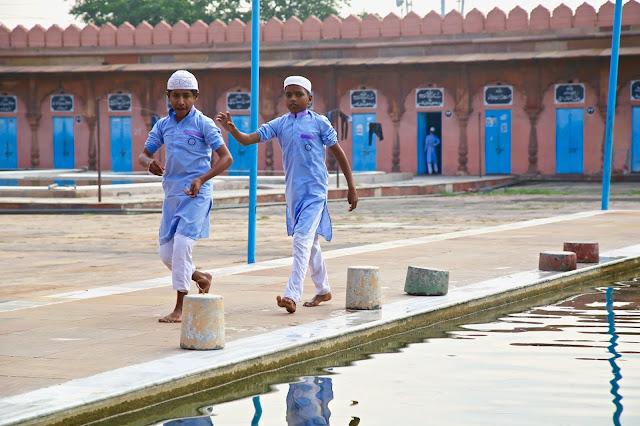 Taj-ul-Masajid, madrasa, Bhopal, India, pic; Kerstin Rodgers/msmarmitelover.com