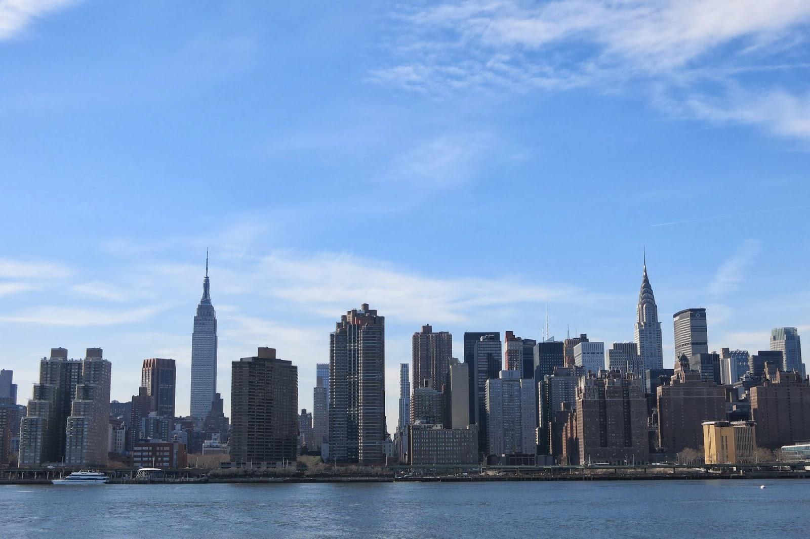 fda9ee1df8 Qual o mais belo arranha-céu de New York  The Chrysler Building ...