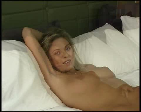 Defloration virgin Fuck first time-Kinga_Stockaja.avi jav av image download