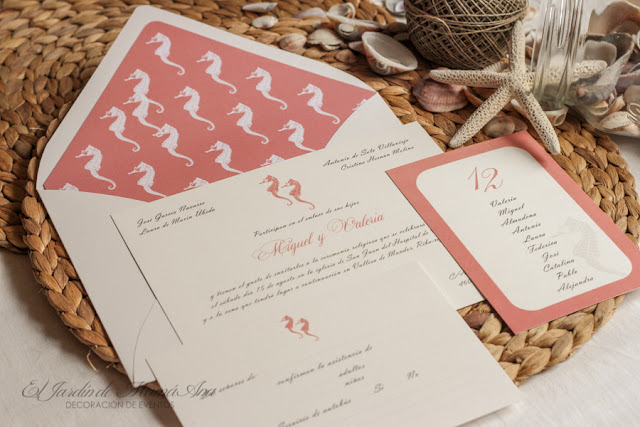 http://eljardindemamaana.blogspot.com.es/2015/07/invitaciones-de-boda-caballitos-de-mar.html