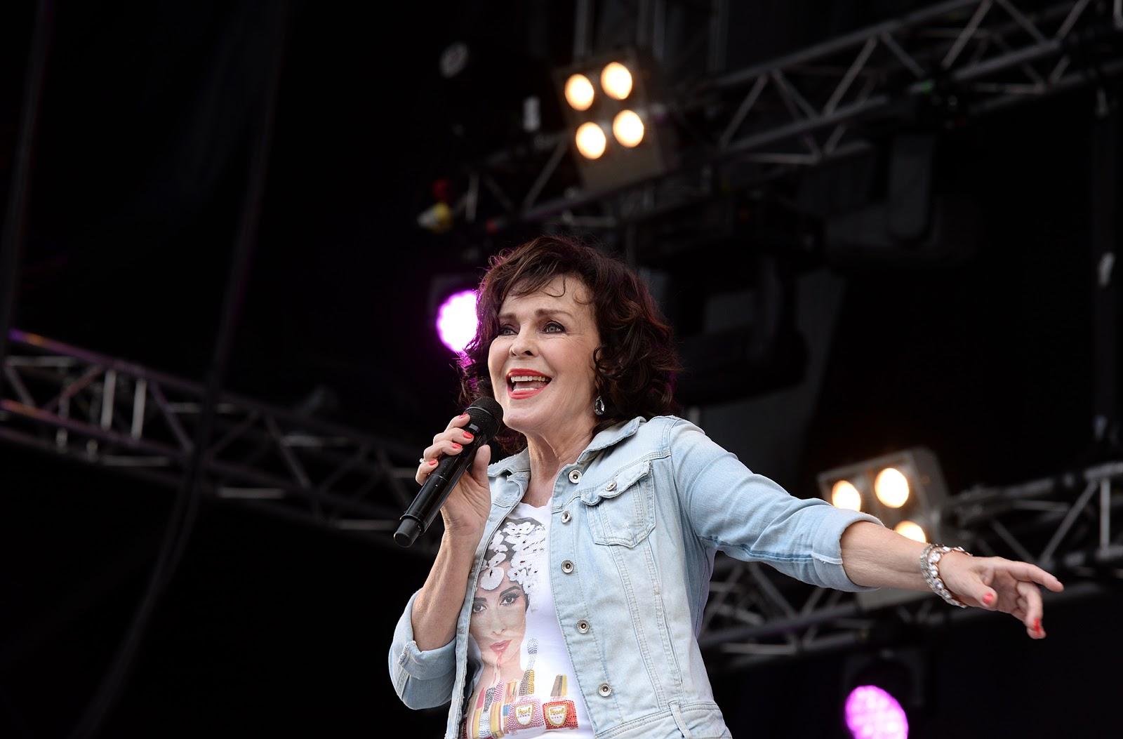 Paula Koivuniemi @ Iskelmä Live Helsinki 2016 | TIIA SANTAVIRTA