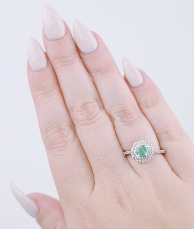 Gemporia emerald ring