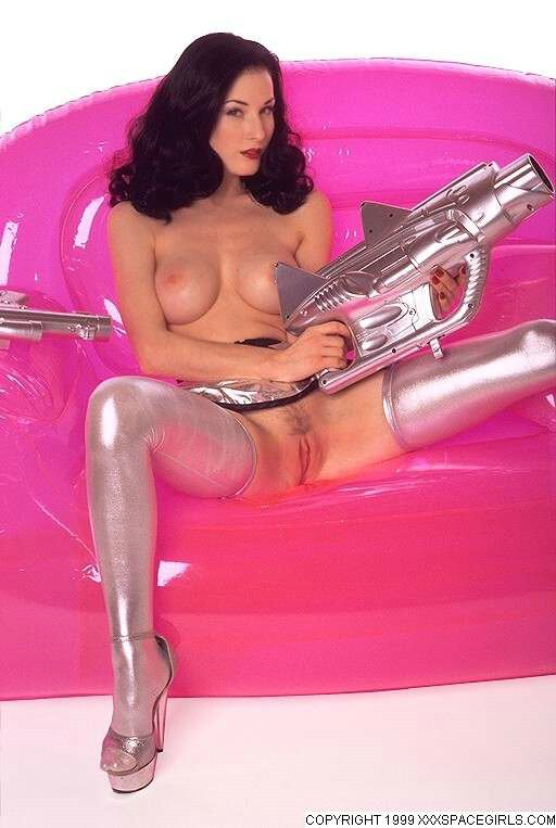 Dita Pussy 113