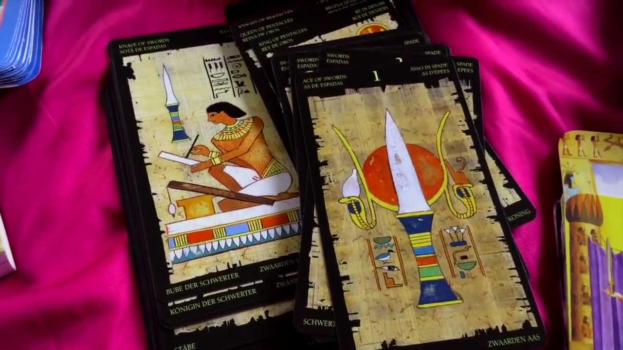 D'autres cartes typiques du tarot égyptien