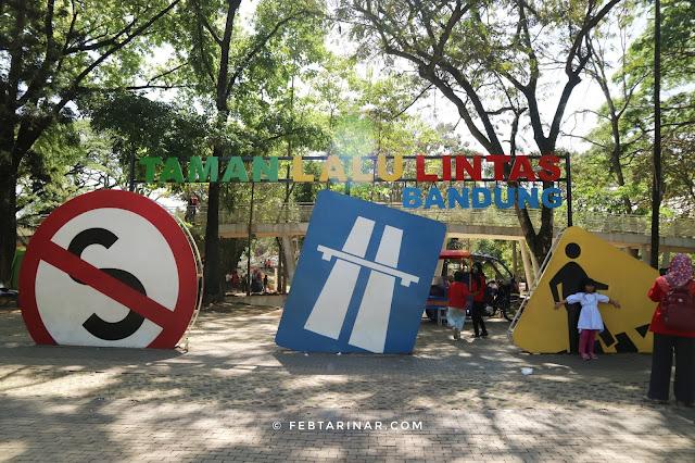 taman lalu lintas bandung 2018 - lifestyle blogger - rara febtarina