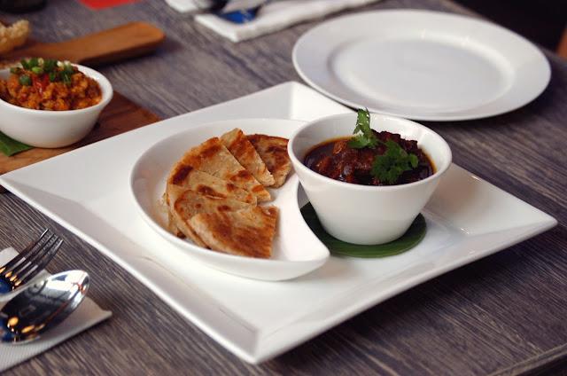 D.Bistro restaurant Chiang Mai burmese curry