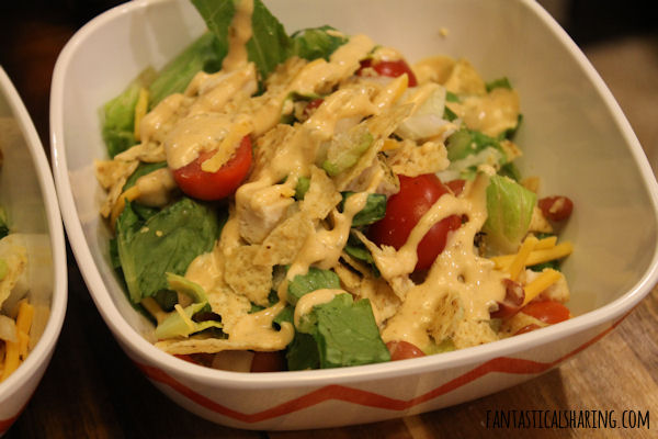 Mexi Ranch Chicken Salad // #recipe #maindish #salad #chicken